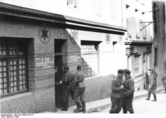 "German soldiers entering a synagogue in Brest that has been converted into a ""Soldatenbordell"" (military brothel) in 1940 [800  572] #HistoryPorn #history #retro http://ift.tt/1Uc6d7D (Histolines) Tags: history that military 1940 synagogue been retro german brest timeline soldiers converted 800 has entering brothel  572 vinatage historyporn histolines soldatenbordell httpifttt1uc6d7d"