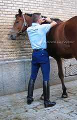bootsservice 07 9346 (bootsservice) Tags: horse paris army cheval spurs uniform boots military cavalier uniforms rider cavalry militaire weston bottes riders arme uniforme gendarme cavaliers equitation gendarmerie cavalerie uniformes eperons garde rpublicaine ridingboots