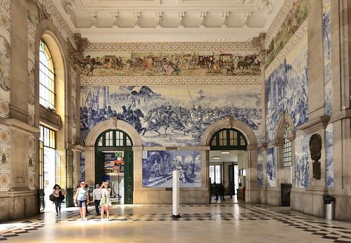 Thumbnail from São Bento Railway Station