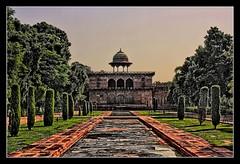 Agra IND - Taj Mahal Eastern cloister