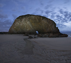 sigue tu camino (izaguirrepeter) Tags: nikon nikond610 d610 tokina tokina1628mm asturias playa amanecer hdr gran angular paisaje panorama