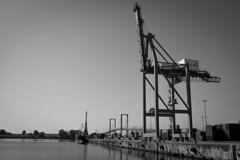 Puerto de Sevilla (Miguel Angel Lopez Navarro) Tags: water rio river puerto boat sevilla guadalquivir boar darsena esclusa opdr