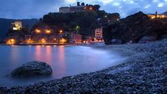 The red rock by the sea at dusk (f_bertilsson) Tags: seascape beach night al long exposure mare dusk liguria shoreline il terre monterosso swell cinque