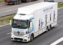 Mercedes Actros MP4 WR65 JRU - Matthew James (gylesnikki) Tags: frozen artwork airbrush removals paintjob matthewjames m25m