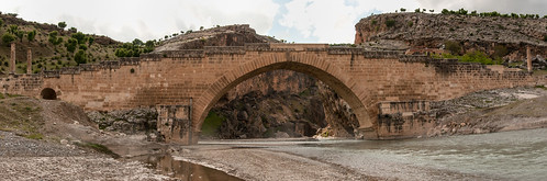 [2013-16] Roman Bridge Over the Euphrates
