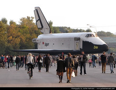 Buran model in Gorky Park, Moscow (JH_1982) Tags: park parque model russia moscow central culture shuttle maxim leisure moskau parc moskou mosca gorky spacecraft russie buran nga rusland rusia moscou gorki moskva  moskwa kultury   mosc russland  rosja   rossiya   gorkij moscova  rssia moskova  gorkipark rusya moszkva moscovo