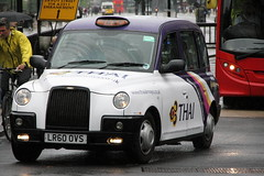 LTI Tx4 Taxi in Thai Airways livery (Ian Press Photography) Tags: london cab taxi taxis international thai cabbie airways cabs cabby livery lti tx4