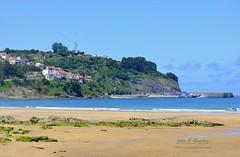 Lastres visto desde la playa de La Griega (Julio G.Gonzlez) Tags: espaa asturias lastres lagriega