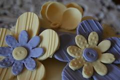 Tarta curso Wilton 2 (MARIQUIA MGZ) Tags: flores de goma pasta tarta wilton buttercream vainilla sugarpaste glasa