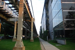 Illinois Institute of Technology (artistmac) Tags: city urban music chicago college st architecture modern train campus hall illinois student university technology cta state center il institute hut iit miesvanderrohe van elevated residence statest der mies tribune urbanrenewal 35th quonset mccormick rohe illinoisinstituteoftechnology vandercook shimer