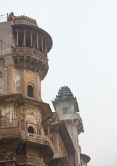 Old Building On Ghats Beside River Ganges, Varanasi, India (Eric Lafforgue) Tags: travel sky india tower history vertical architecture facade outdoors photography ancient asia day arch nopeople dome varanasi column spirituality copyspace hinduism ganga ganges banaras benares ghat veranasi uttarpradesh colorimage famousplace indianculture buildingexterior colourimage indiansubcontinent img9772 builtstructure sacredcity indianethnicity gangasevanidhi