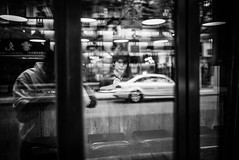Reflection (Oakwood_) Tags: china leica portrait men nikon women shanghai yeux m 35 summilux originaliphoto