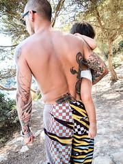 Protective parent (bogob.photography) Tags: life people man beach dad explore uomo parent protective menorca spagna isola minorca balearic baleari explored genitore protettivo