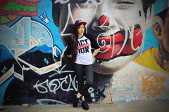 Get ready for Action! (PalomaMartins) Tags: park eye sports girl beauty look hat fashion hair do day action blogger dia du jour cap skate aba bon creeper grafite liner grafitte reta legging
