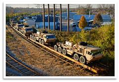 Aaaaaarrmy Train, SIR! (bogray) Tags: train lexington ky military load wye flatcar tofc rjcorman