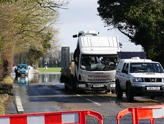 Aston Rowant, Oxfordshire (Oxfordshire Churches) Tags: uk england flooding nissan unitedkingdom panasonic roadclosed oxfordshire floods iveco mft astonrowant brokendownvehicles b4009 ©johnward micro43 microfourthirds lumixgh3 flooding2014