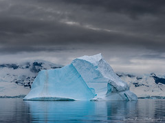 Blue iceberg IX (Ignacio Ferre) Tags: blue ice azul antarctica iceberg helado hielo antrtida