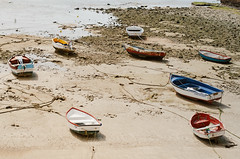 en barques (JSEBOUVI : 2 millions views !) Tags: color port photo sand foto sable andalucia cadiz wait lien couleur barque andalousie corde maro atlantique attente marebasse cadix jsebouvi sbastienbouvier mardi4mars