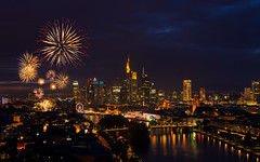 Frankfurt Skyline & Fireworks Display (Chris! Wrbel) Tags: city summer urban water skyline night skyscraper river germany landscape deutschland landscapes wasser europa europe cityscape fireworks nacht frankfurt sommer cities stadt fluss landschaft stdte hdr landschaften feuerwerk hesse stadtbild wolkenkratzer stdtisches pentaxk5 sigmaart1835mmf18dchsmif