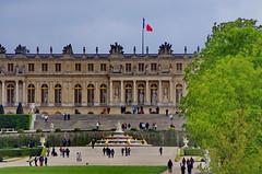 Versailles - 70 dans le parc du Chteau de Versailles (paspog) Tags: park france castle spring versailles april schloss avril chteau parc printemps castel frhling 2016 chteaudeversailles