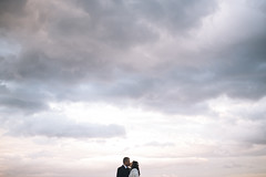 Kissing in a cloudy sunset (Glue Photography) Tags: wedding sunset sea sky cloud photography nikon couple sardinia glue cala gonone vsco