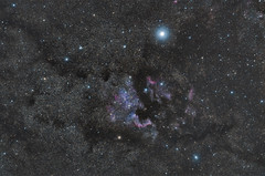 North America Nebula (roblux) Tags: stars star nebel astro nebula universe walimex f28 135mm f20 ngc7000 samyang astrophotograhpy nordamerikanebel astrotrac