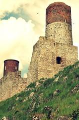 Chciny (stempel*) Tags: mountains tower castle poland polska polen gry polonia holycross zamek krlewski wiee dwie chciny witokrzyskie gambezia chcinach