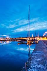 Saint-Malo harbor (Jean-Adrien Morandeau) Tags: longexposure sea mer reflection nature port harbor boat nikon brittany bretagne miroir bateau paysage intramuros saintmalo poselongue