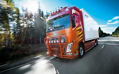 mikaelnilsson-volvofh4-highway-topbar_9825 (truxab) Tags: red orange highway naranja röd trux topbar lacquered a162 g164 mikaelnilsson lackerad volvofh4globxl truxab