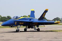 "163455 / ""6"" | Boeing (McDonnell Douglas) F/A-18C Hornet | US Navy (Blue Angels) (cv880m) Tags: farmingdale jonesbeach bethpage longisland frg kfrg aerobatics airshow boeing mcdonnell douglas fa18 hornet usnavy navy blueangels demoteam republic jeffkuss crash tennessee 163455 bu163455 smyrna"