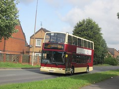 East Yorkshire 670 80EYC Rawling Way, Hull on 57 (1280x960) (dearingbuspix) Tags: 670 eastyorkshire eyms 80eyc yy52lck