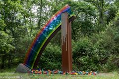 Arcobaleno spezzato (vengino) Tags: parco del chianti sculture siena toscana parchi macchiamediterranea parcosculturedelchianti