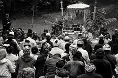 Ngertakeun Bumi Lamba #02 (dqsetiadi) Tags: ngertakeunbumilamba sunda sundawiwitan nusantara indonesiaculture naturebw culture journalism blackandwhite ritual