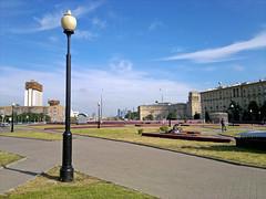 2012-06-01-859_fullsize (Snouphruhh) Tags: city square gagarin