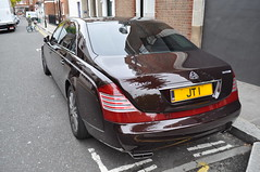 Maybach 62 S Zeppelin (D's Carspotting) Tags: brown london united zeppelin kingdom s 62 maybach jt1 20110617