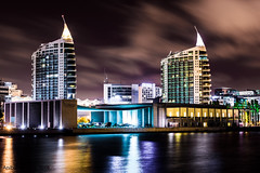 Pavialhao_Portugal_torres (Anbal Almeida) Tags: lights longexposure portugal expo98 night lisboa torresaorafael torresaogabriel parquedasnacoes pavilhaodeportugal