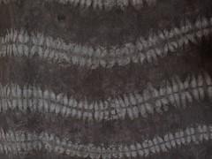 waving adire alabere.... (Anita Thomhave Simonsen) Tags: iron onion shibori naturaldyeing alderbark anitathomhavesimonsen adirealabere