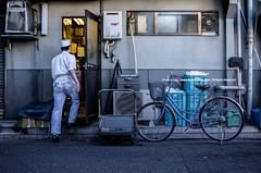 Backdoor Routines |  (francisling) Tags: street fish bicycle japan tokyo alley market sony crowd streetphotography tsukiji   alpha hawkers backdoor   5n      nex5n