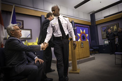 2013-05-08-Premier shakes hands with Chief Clunis