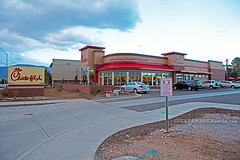 Chick-fil-A (ezeiza) Tags: arizona food chicken sign restaurant drive fastfood fast az flagstaff drivethru through drivethrough chickfila thru