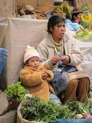 2011-01-21-(peru-puno)-vendedor-mercado (alberto rincon garcia) Tags: peru vendedor per mercado titikaka puno patata