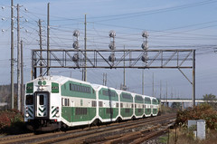 1990 10 14   3  GO 239 WB, Oakville ON (waldronyoung) Tags: train go transit oakville on