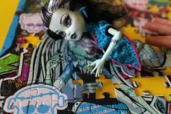Puzzle_0060 (Lycell) Tags: monster toys high dolls frankie puzzle stein monsterhigh