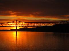 6th Street Bridge - Chesapeake OH to Huntington WV - IMG_9326 (Thomas D Murphy) Tags: bridge sunset ohio canon river huntington wv ohioriver s90 canonpowershot huntingtonwv harrisriverfront