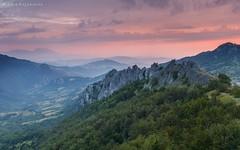 L'alba fosca dei Merletti (Luca Zappacosta) Tags: sky italy mist mountain dawn italia alba silhouettes cielo montagna abruzzo foschia gran