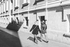 Valladolid Couple (Adriano Martins) Tags: bw film photography spain valladolid asahipentax photographersontumblr