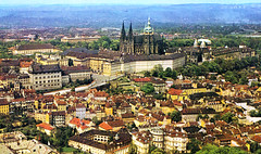 Prag (Hans-Michael Tappen) Tags: city castle skyline scenery cathedral prag hradschin stadt architektur 1989 schloss landschaft gotik pragerburg collectionhansmichaeltappen