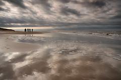 strand (www.petje-fotografie.nl) Tags: strand wind herfst marieke zon vuurtoren texel lieke zand paaltjes zuuring