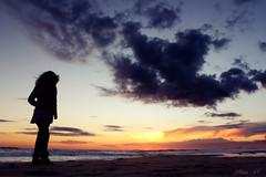 Don't stop believing (8) / No pares de creer (Ulises SC) Tags: blue girls sunset sea sun sol beach beautiful azul clouds canon atardecer evening mar mujer peace paz playa nubes bello precioso 600d