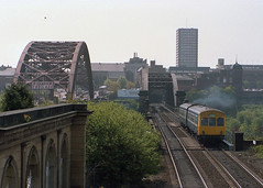 cl 101 Monkwearmouth 0930 MBR-NCL 14-5-88 (6089Gardener) Tags: monkwearmouth dmu class101